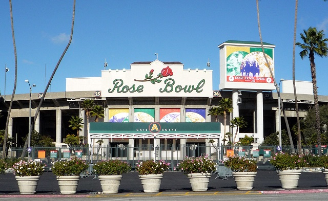 Rose Bowl Parade Preview outside
